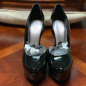 Jessica Simpson Blacks Heels